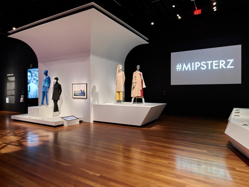Contemporary Muslim Fashion at the de Young Museum