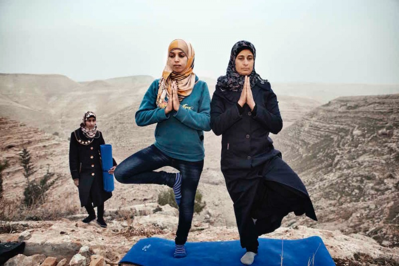 © Tanya Habjouqa, Contemporary Muslim Fashions at the de Young Museum